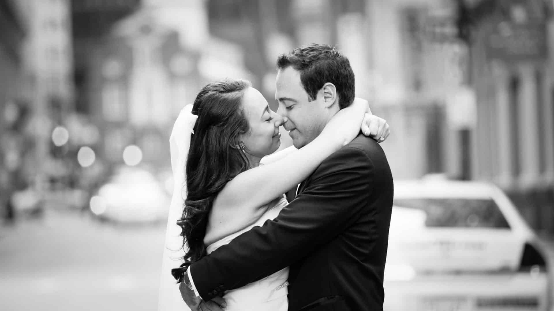 A kiss in the street after their first look